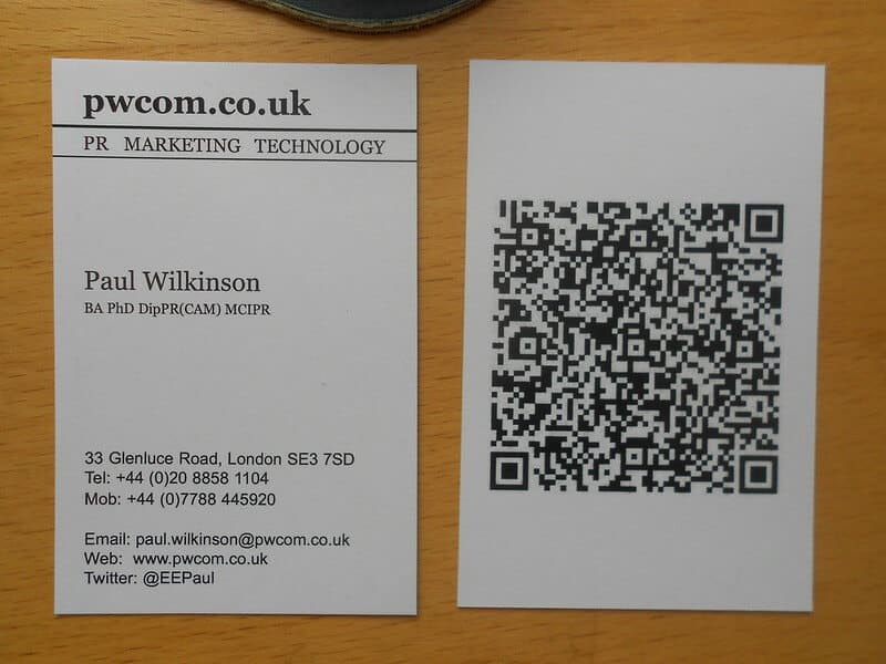 qr-code-on-business-card-example-4