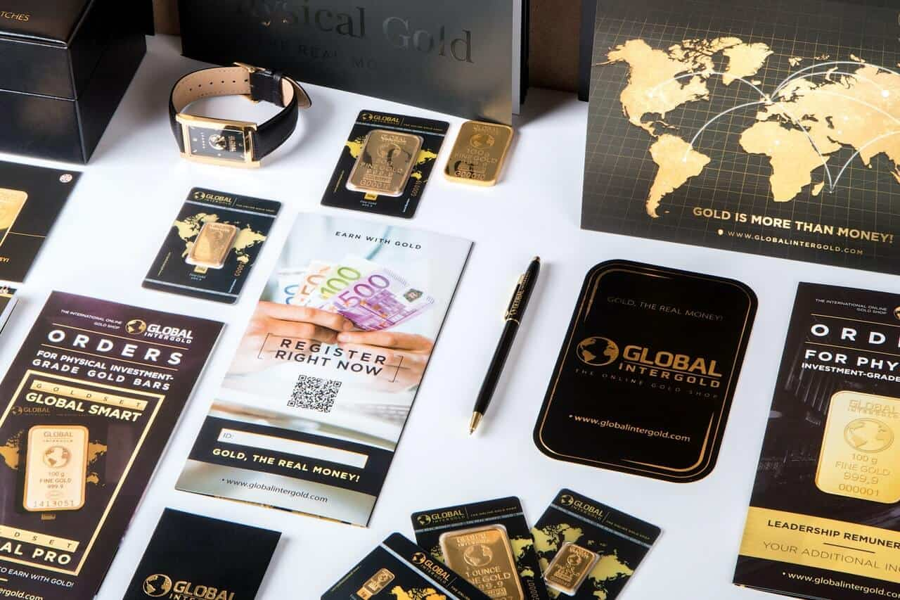 business-cards-and-accessories-on-table